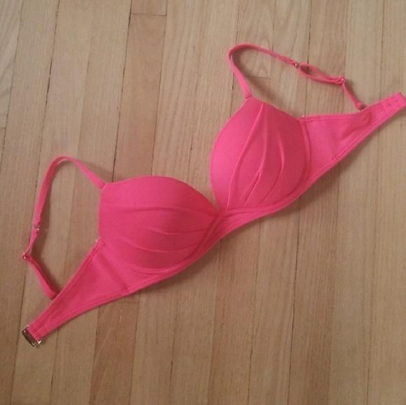 12d84b8b0892a Victoria's Secret Angel's Convertible Bikini Top. M_5b3240379539f7ee0a662fc8
